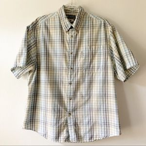 Columbia button down short sleeve shirt size large